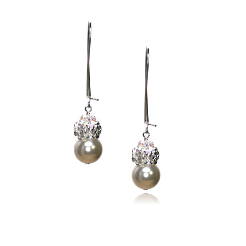 Caeli Cream Pearl Earrings