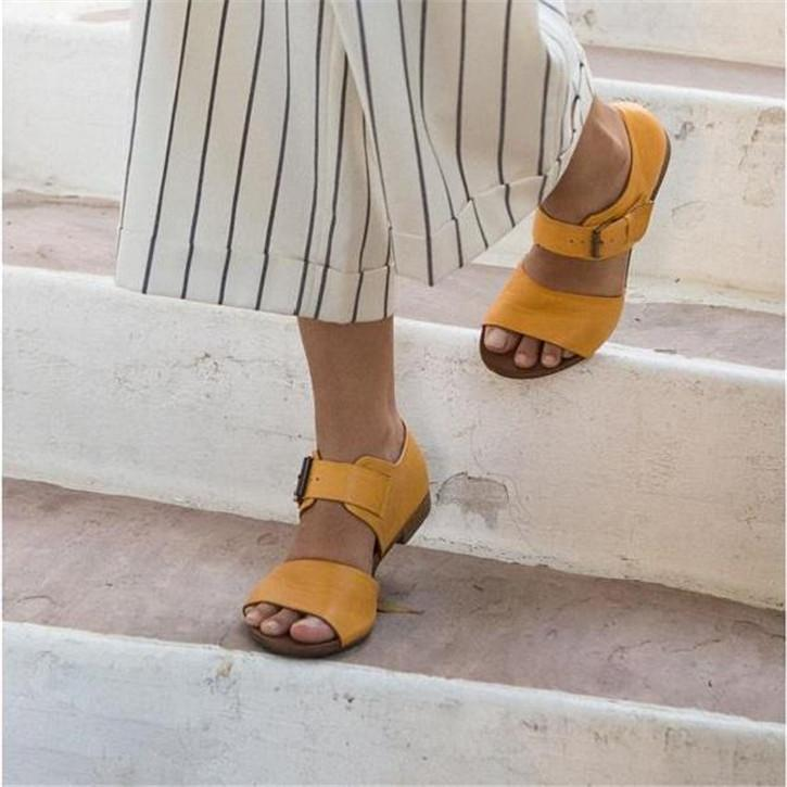 Fashion Casual Peep Toe Buckle Flat Sandals
