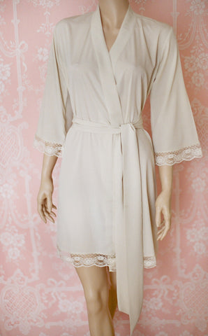Limited Edition. First light of dawn. Short robe in faux Crepe de Chine with lace trim. Small.