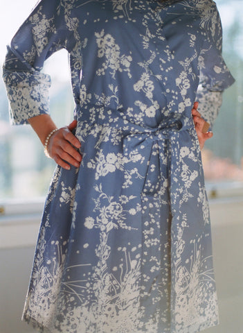 Vienne. Short cotton robe.
