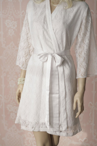 Limited Edition. L'espalier de rose. Bridal lace robe. Medium.