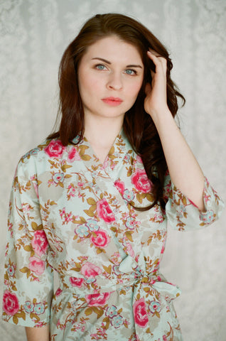 Limited Edition. Damascena rose. Short cotton robe. Small.