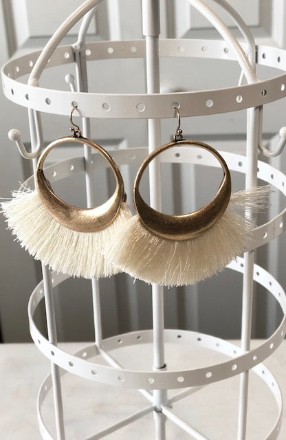 Cream Tassel Round Earrings