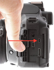 8Pin USB port on Nikon