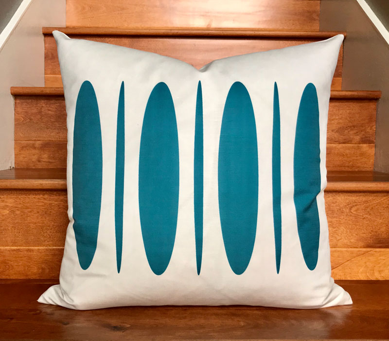 "Sergio 20"" Linen Square Throw Pillow - Blue Sea"