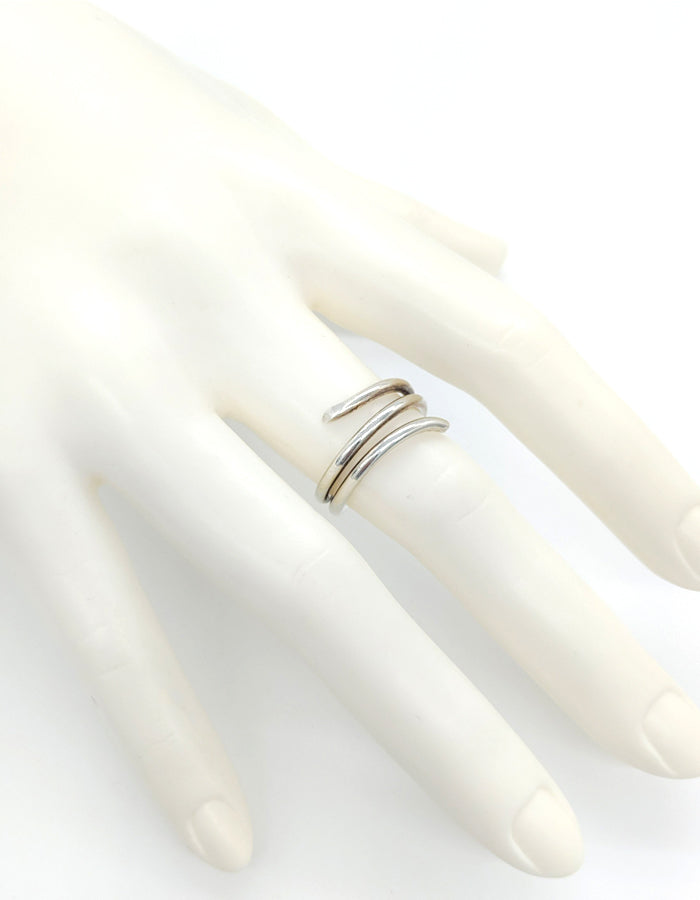 The Flower Stem Ring