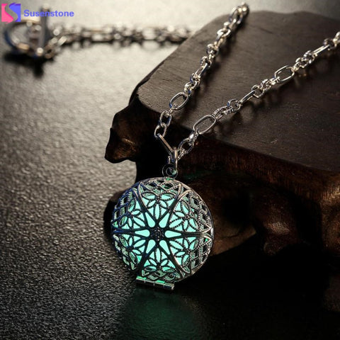Icy Blue Star Pendant