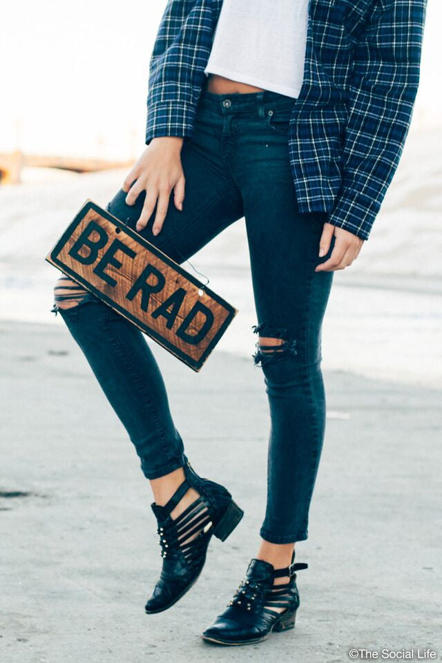 Be Rad Vintage Sign