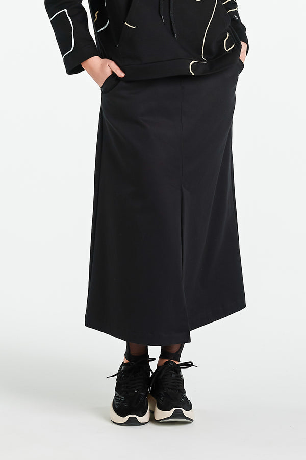 ITALIAN SKIRT | BLACK WOOL - NYNE - NZ Made Women's Clothing