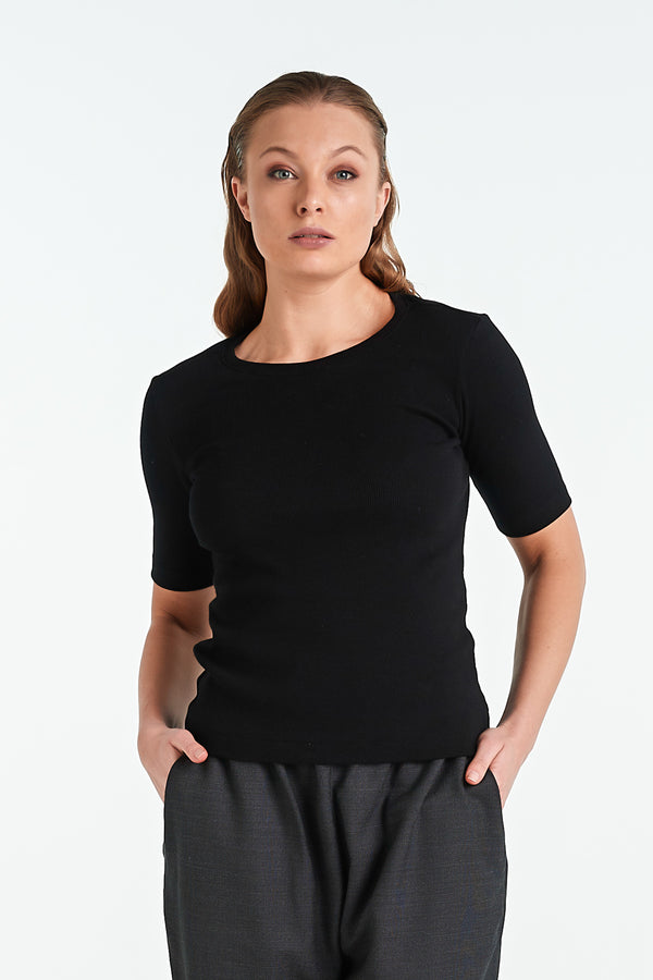 VENICE T-SHIRT | BLACK - NYNE - NZ Made Women's Clothing