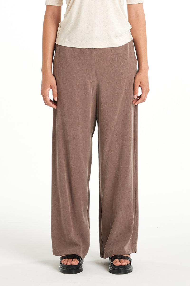 Layer Pant | Taupe | NYNE | Online Store