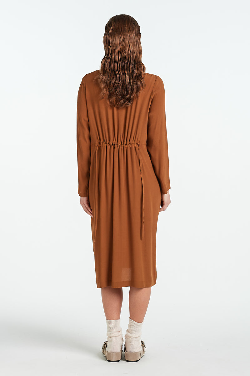 DIVIDE DRESS | TOFFEE - NYNE - NZ Made Women's Clothing