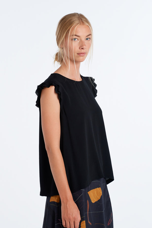 FORM TOP | BLACK - NYNE - NZ Made Women's Clothing