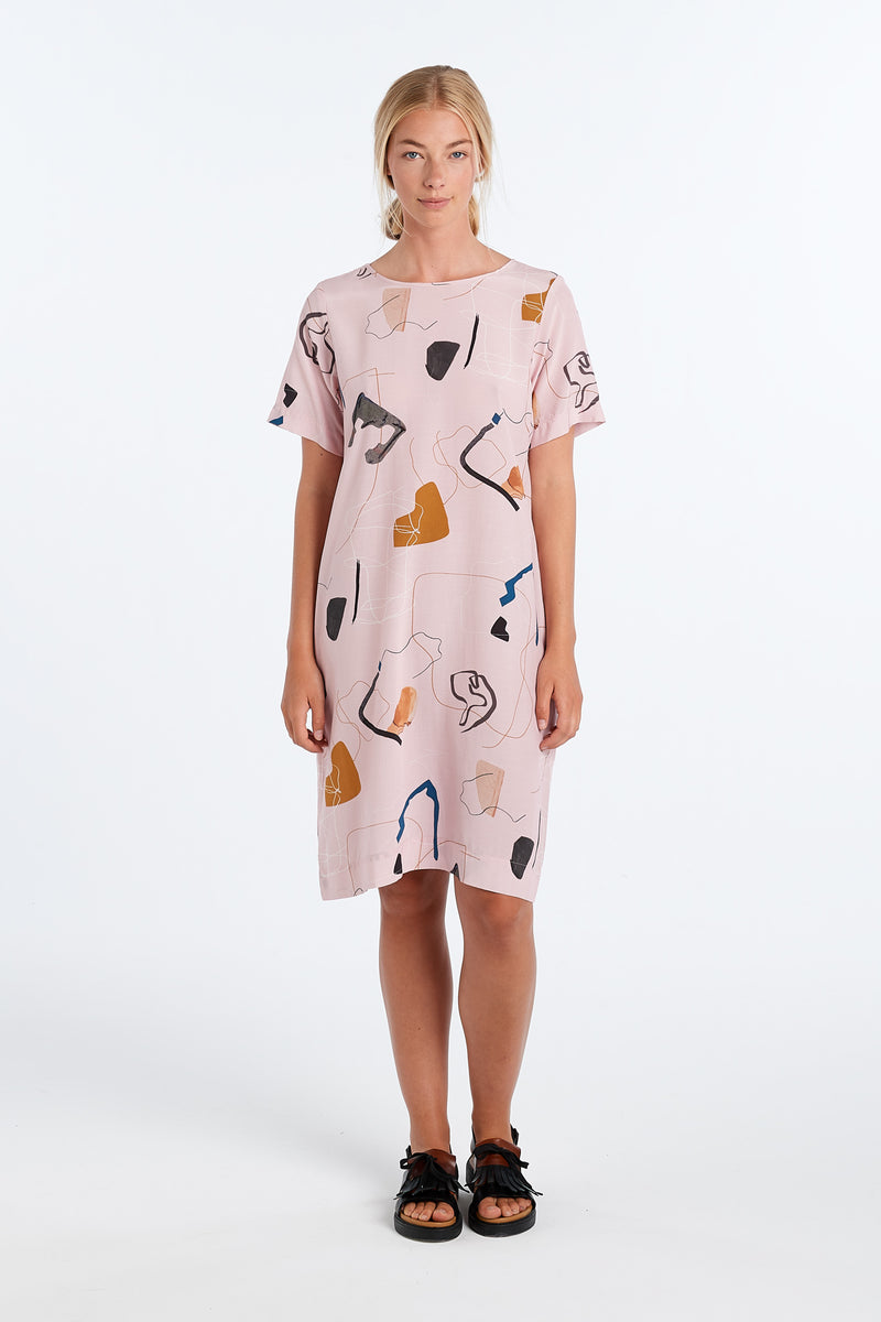 CHRIS DRESS | BLUSH PRINT - NYNE - NZ Made Women's Clothing