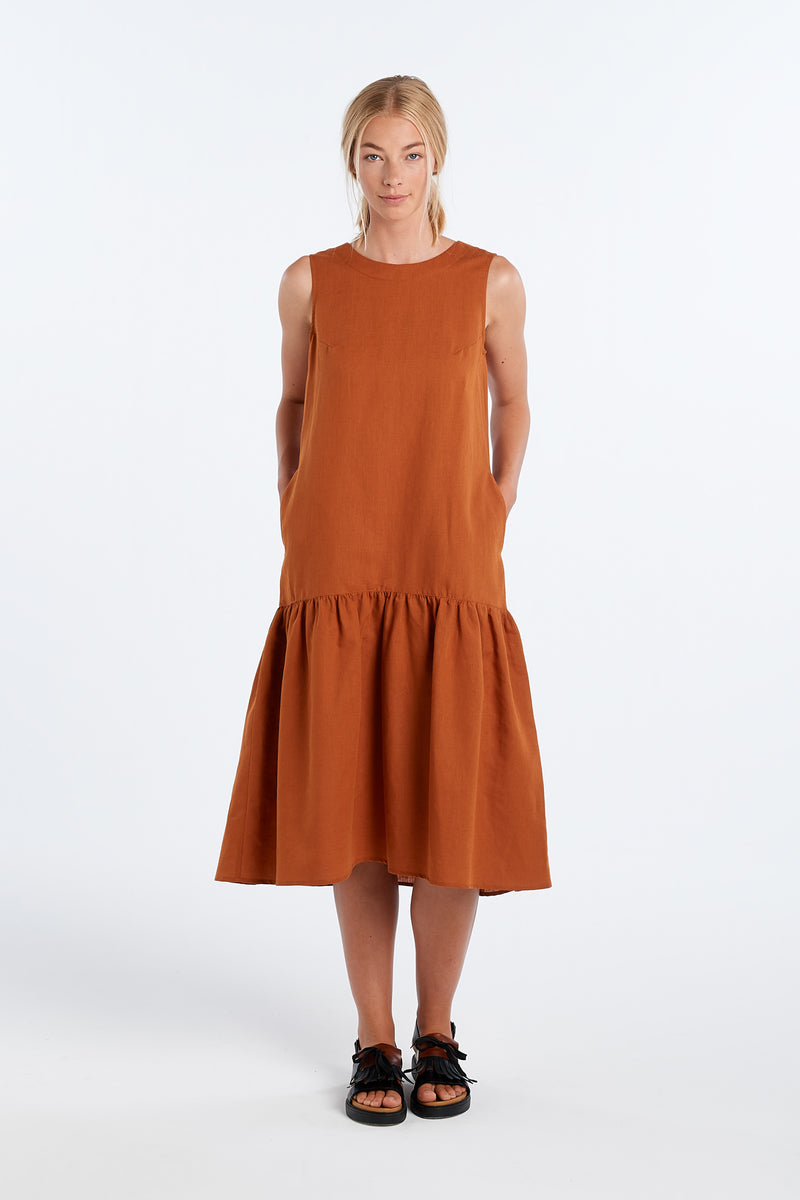 EXPLORE DRESS | RUST - NYNE - NZ Made Women's Clothing