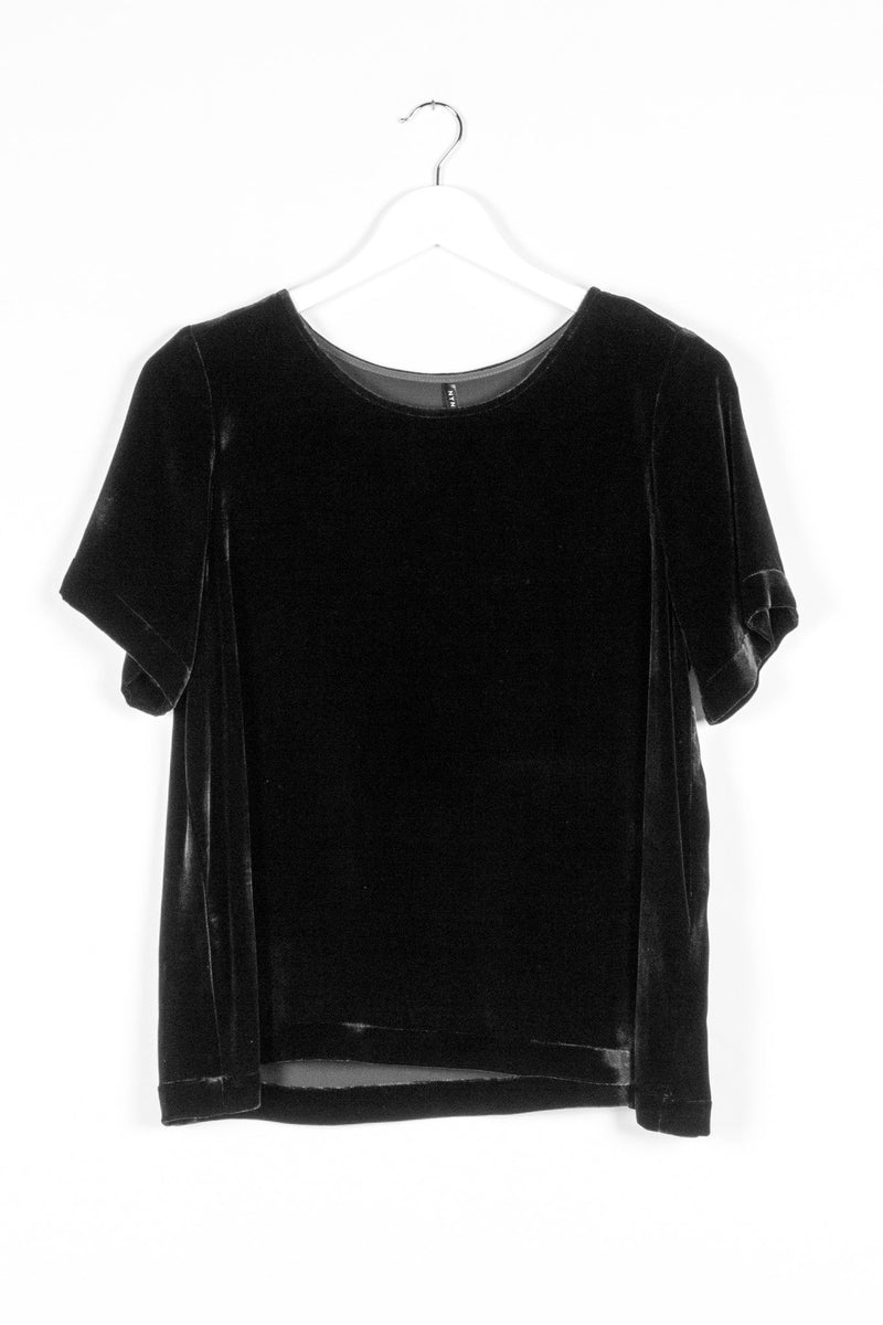 ARC TOP SILK | BLACK VELVET - NYNE - NZ Made Women's Clothing