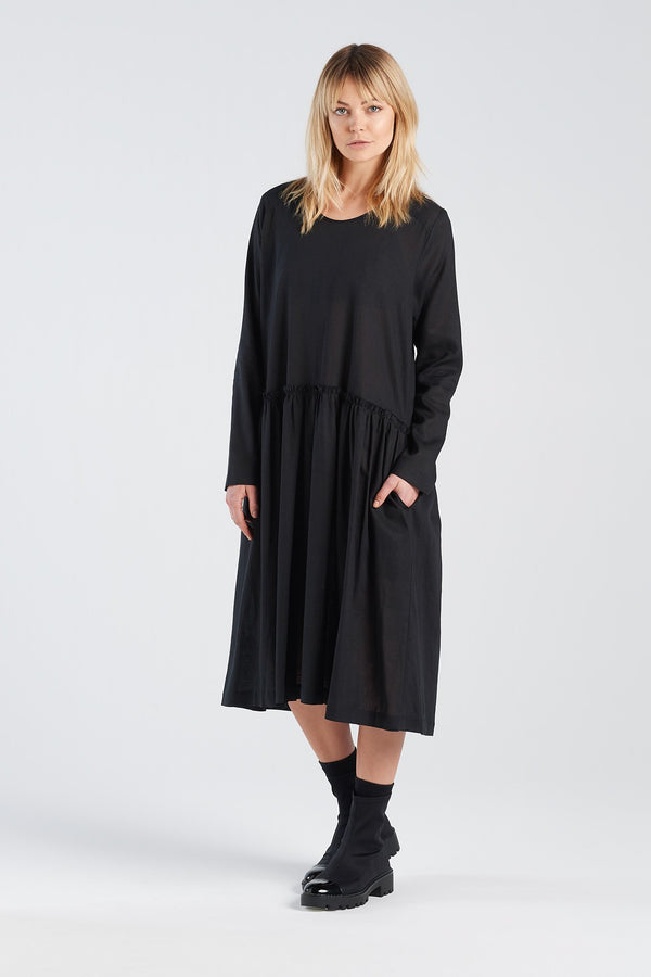MANIFEST DRESS | BLACK LINEN - NYNE - NZ Made Women's Clothing