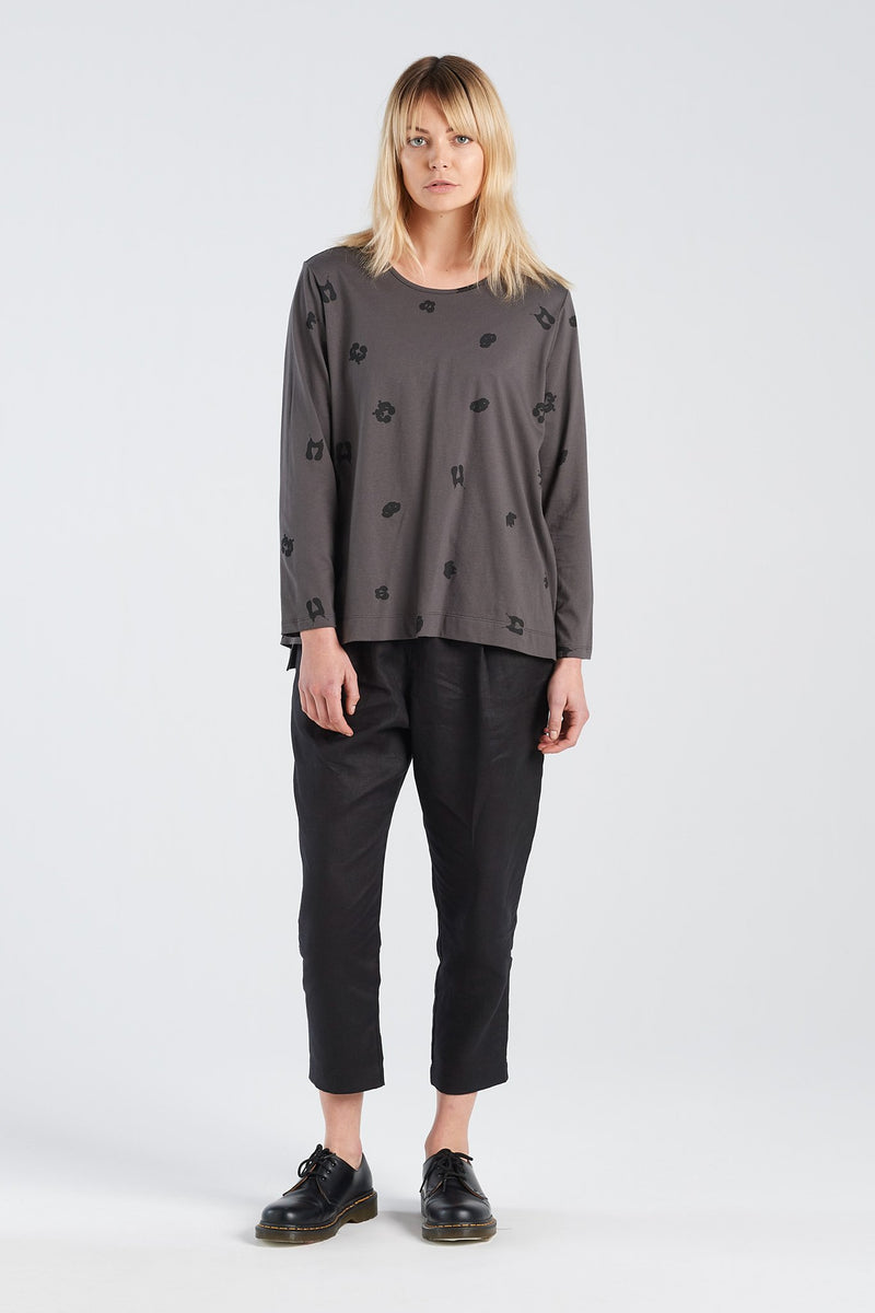 SIGN LONGSLEEVE SPOT | CHARCOAL KNIT - NYNE - NZ Made Women's Clothing