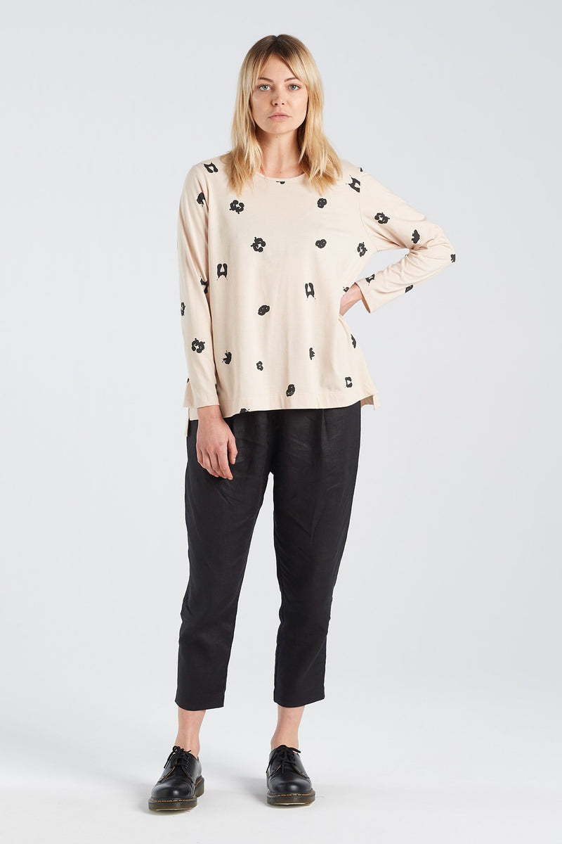 SIGN LONGSLEEVE SPOT | SAND KNIT - NYNE - NZ Made Women's Clothing