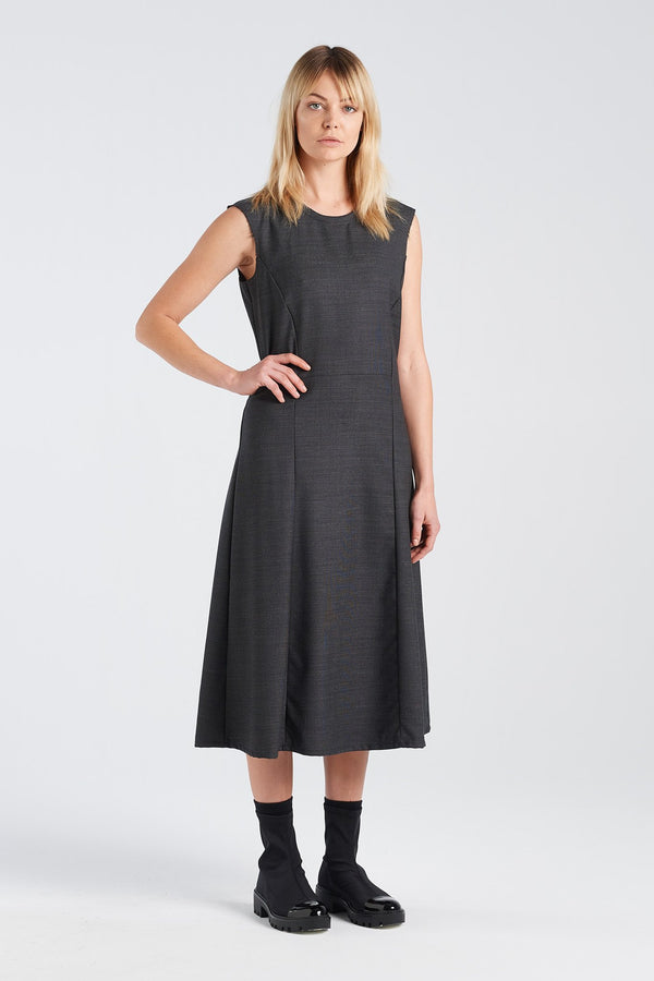 STATEMENT DRESS | CHARCOAL