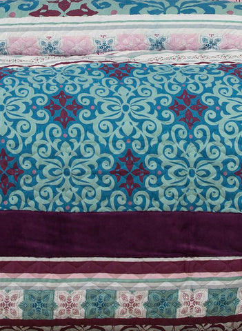 Double Size 3pcs Anemone Velvet Panel Embossed Quilt Cover Set
