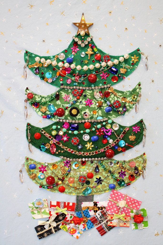 Retro Jeweled Christmas Tree – Grass & Clovers