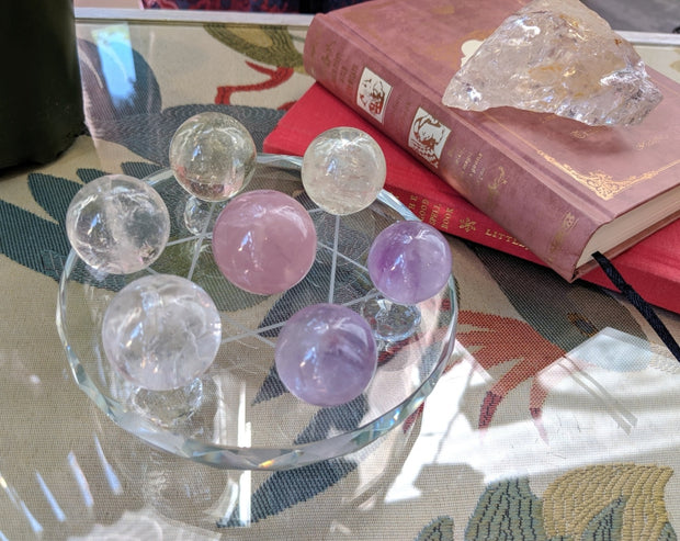 7 Sphere + Glass Pedestal Set - collection