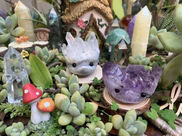 ADOPT ME! Amethyst Cluster Hedgehog Pet - carving