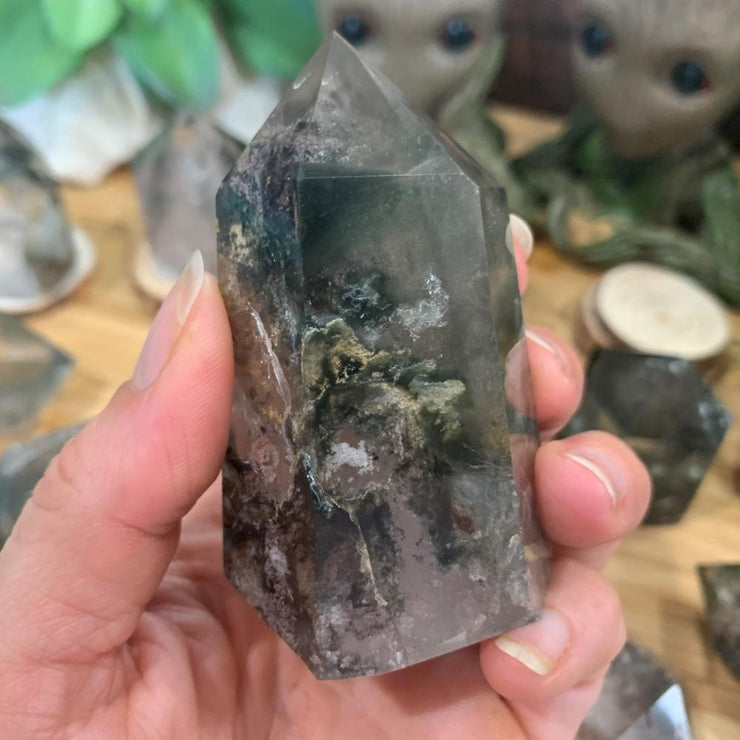 Phantom Quartz Crystal - Single Point / Medium - generator