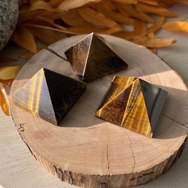 Tigers Eye Pyramid - pyramids