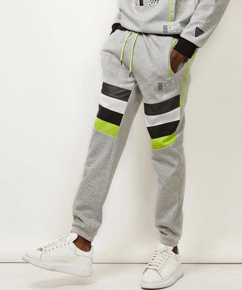 SNEAKERS SWEATPANTS Reason Clothing