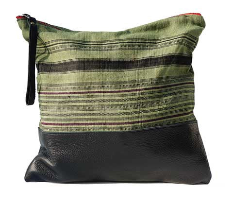 Aquinnah Green Large Clutch in Black Leather