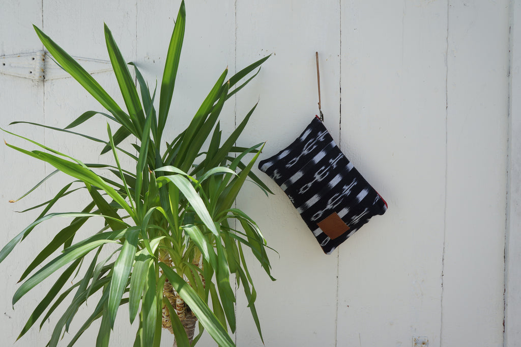 Ikat Nash Clutch