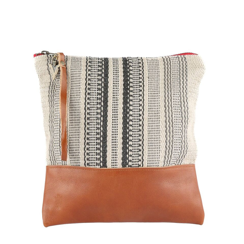 Nantucket Clutch