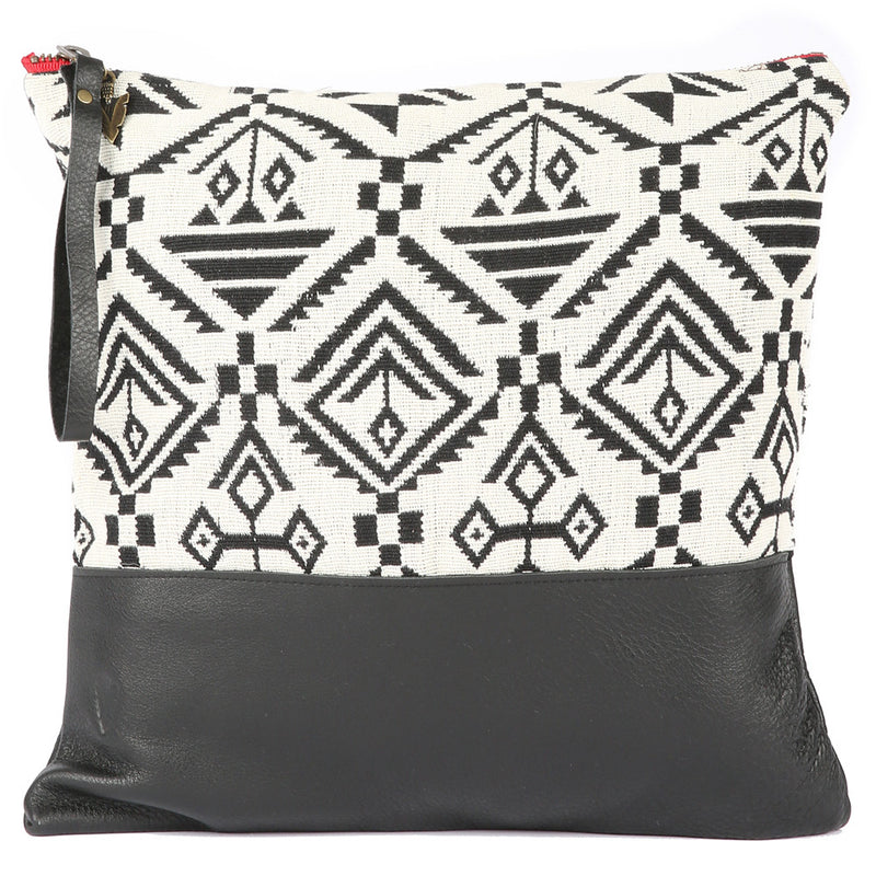 Kasbah Large Clutch in Black Leather