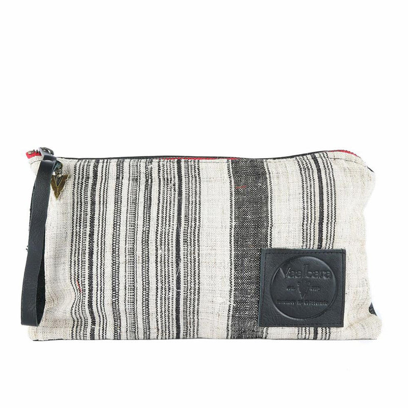 Nantucket Long Clutch in Black Leather