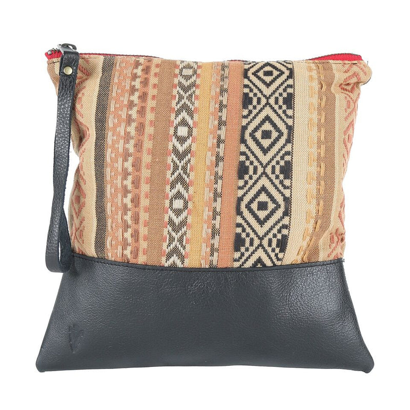 Indira Clutch in Black Leather