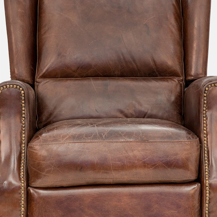 Opa Recliner deep buttoning
