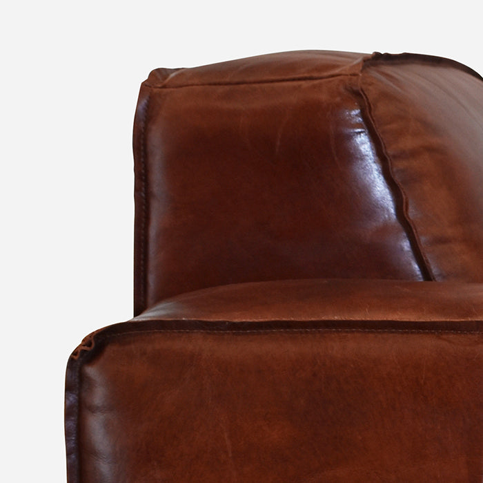 Old Bailey Leather sofa Deep Buttoning