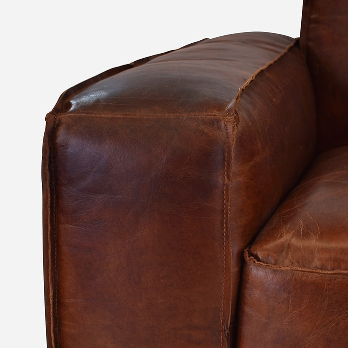 Old Bailey Leather sofa Premium Aged Leather