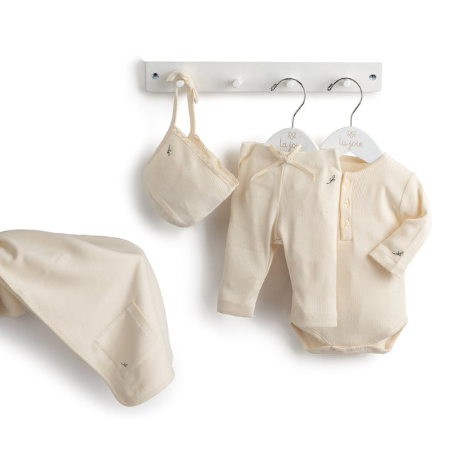 Natural Precious Ribbed 4 Piece Layette Set
