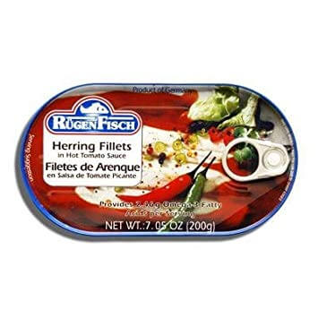 Ruegenfisch Herring Fillets In Hot Tomato Sauce 200g