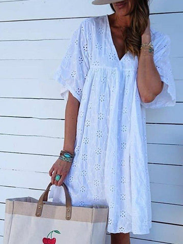 V Neck Short Sleeve Holiday Laser Cut Midi Dresses