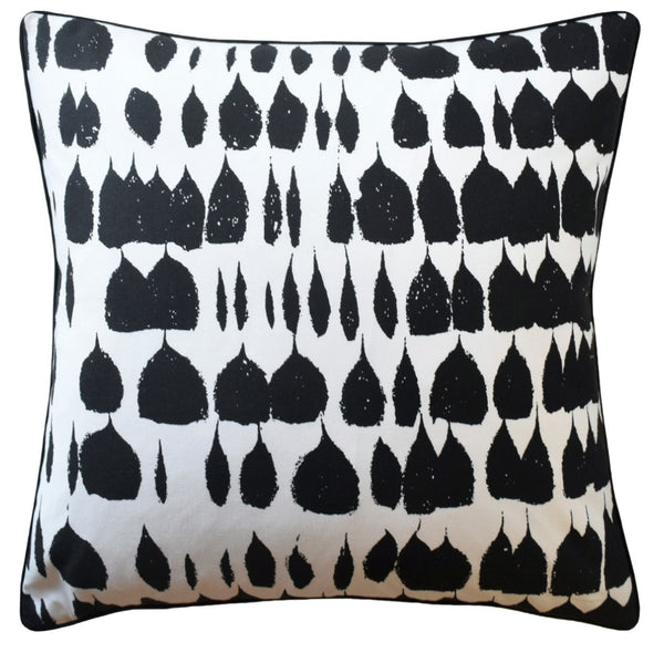 Queen of Spain Pillow, Black