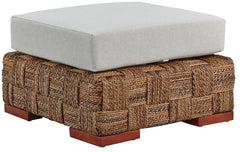 Courtyard Indoor Ottoman, 28 x 28