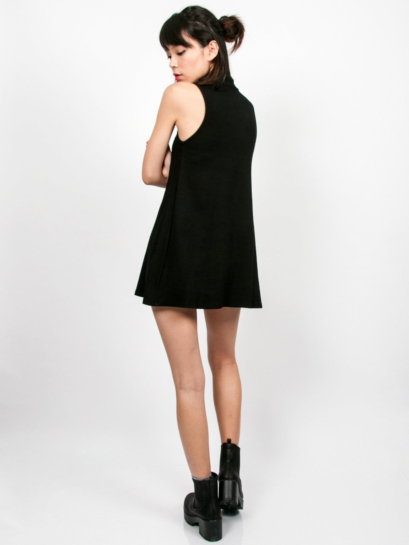 CLARE Ribbed High Neck Dress (Black)
