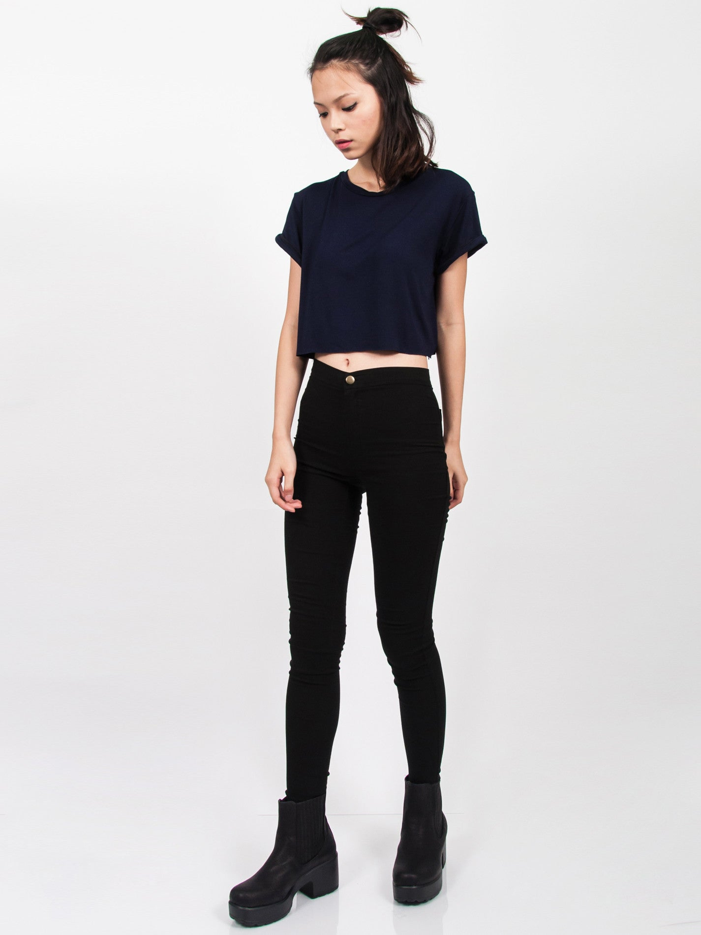 KENDALL Everyday Cropped Tee (Navy)