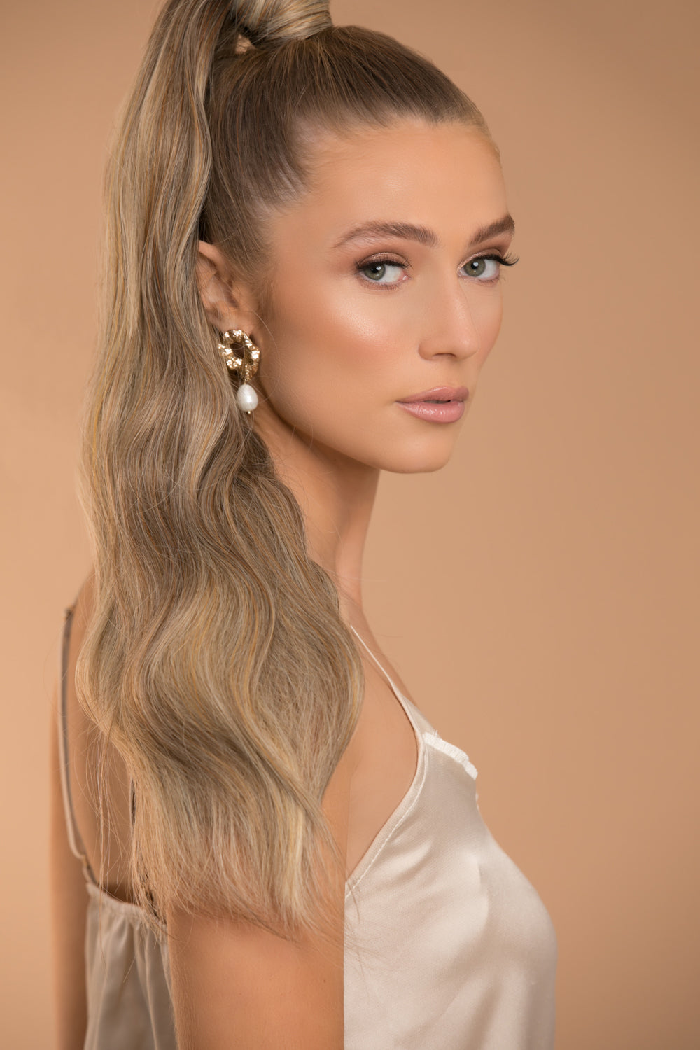 Jordyn X Easilocks Clip-In Ponytail - Biscuit Balayage (PRE ORDER)