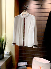 Load image into Gallery viewer, Tinta Ribbon Detail White Shirt