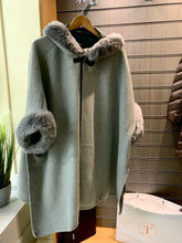 Load image into Gallery viewer, Fur Trim Button Poncho